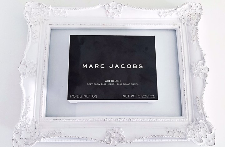 Marc Jacobs Air Blush Soft Glow Duo Blush | Review and Swatches