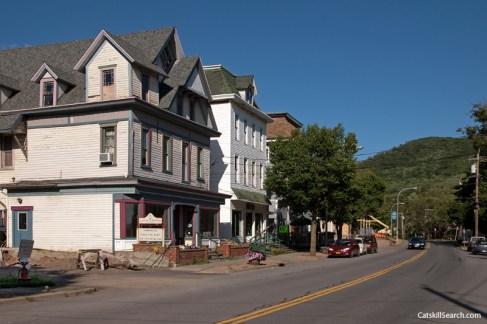 Main Street along Stamford (2010)