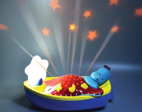 Iggle piggle bedtime boat light
