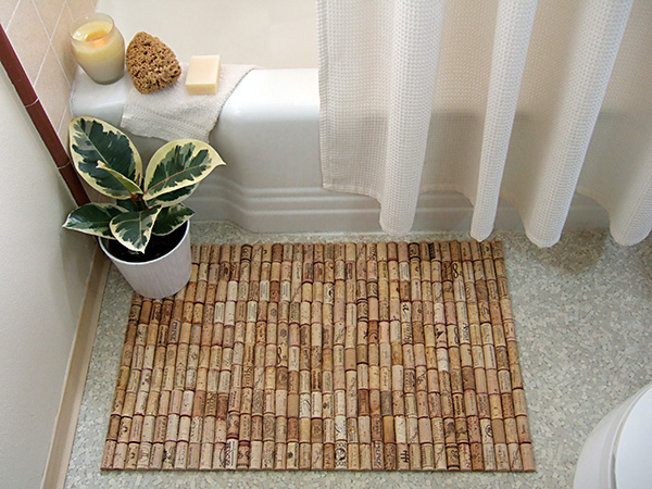 Eco friendly Bath Mat made from used corks