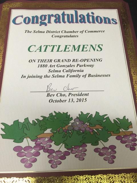 Cattlemens Selma CA Has Ribbon Cutting with Selma Chamber
