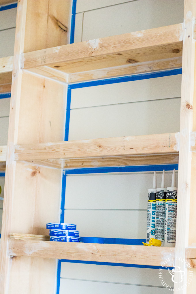 DIY bookshelf caulking