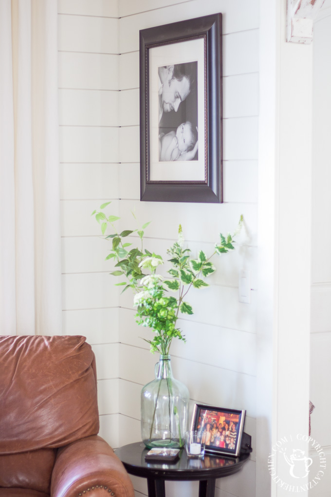 DIY shiplap corner wall
