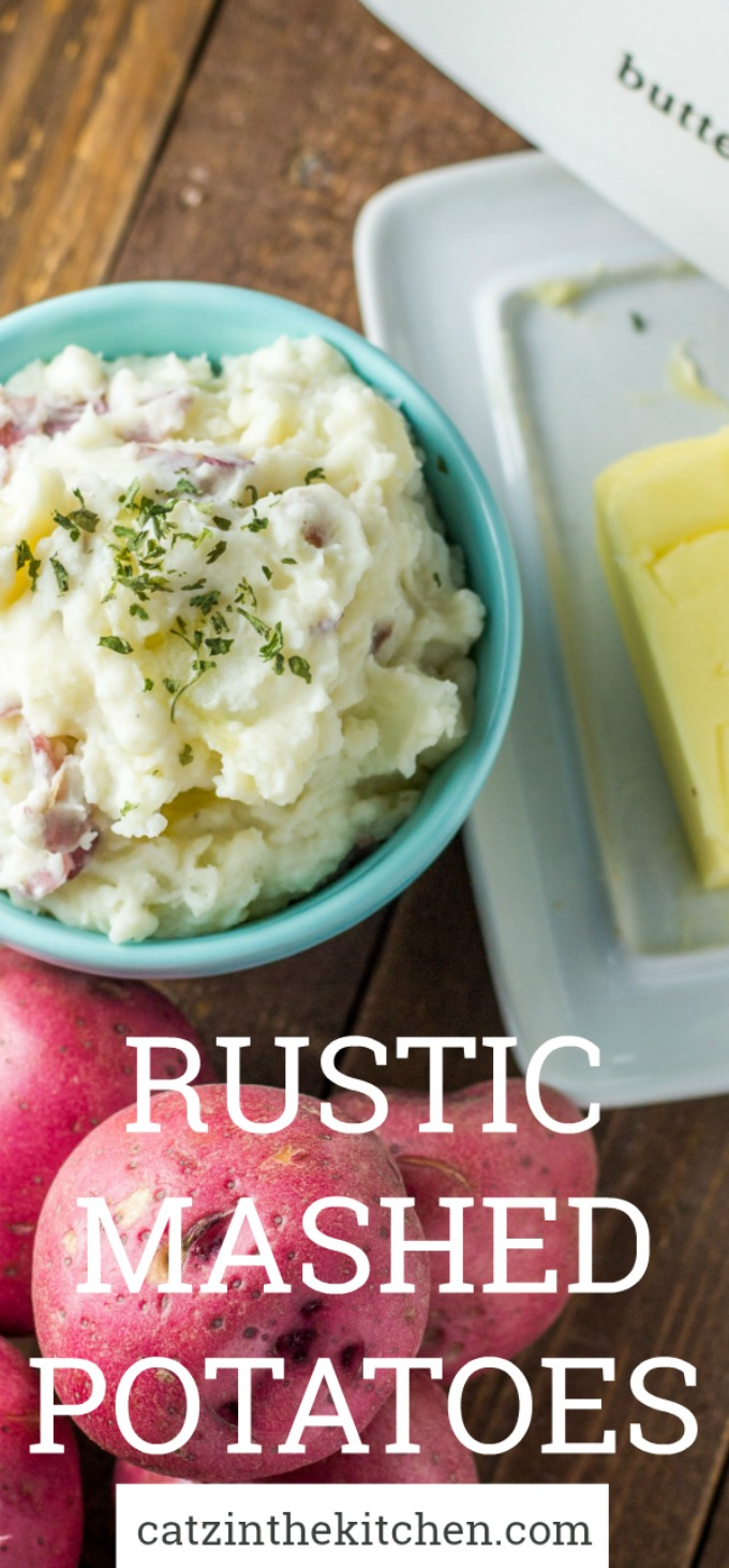 These rustic mashed potatoes are super easy to put together, buthave a creaminess and richness to them that makes them surprisingly craveable for such a staple side dish!