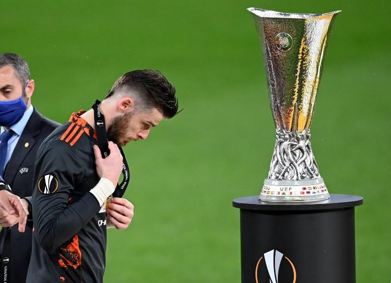De Gea Europa League trophy