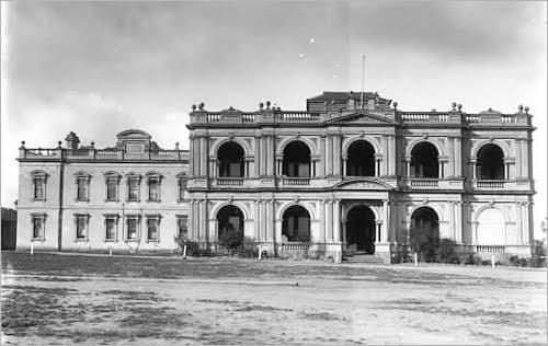black and white picture of the Valentines Mansion at Malvern Grammar School