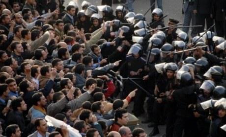 https://i0.wp.com/www.causeur.fr/wp-content/uploads/2011/01/Egypte-emeutes-2011.jpg?w=860