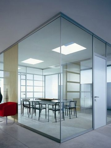 Rasterodue è l'azienda di parma che promuove l'arredo per ufficio made in italy: Home Page Cavalca Linea Ufficio