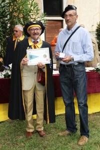 Bertoni e Fabio consegna medaglia
