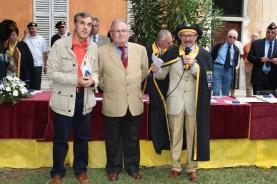 Bertoni, Milani e Grampa consegna medaglia