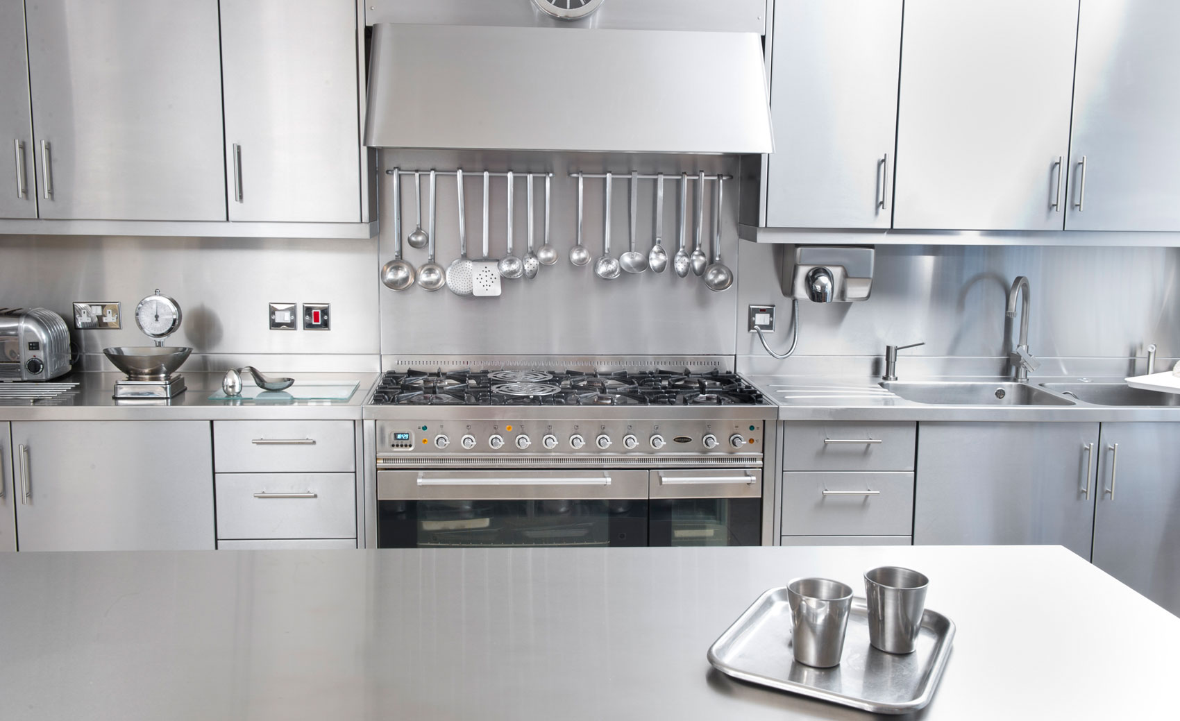 Stainless Steel Kitchen Cabinet Worktops & Splash Backs UK