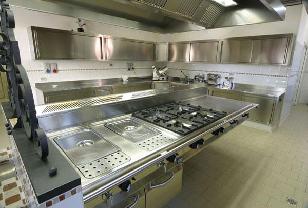 Cucine per ristoranti  Progettazione e arredamento cucine