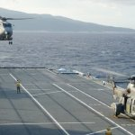IMAGENS: Helicópteros UH-12 e UH-14 do Brasil a bordo no NAe Cavour no Haiti