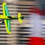Piloto brasileiro é desclassificado no treino livre da etapa de Abu Dhabi da Red Bull Air Race