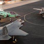 IMAGEM: Família de caças F-35 reunida pela primeira vez numa foto