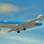 KLM realiza o primeiro voo com um Fokker 70 abastecido com biocombustível