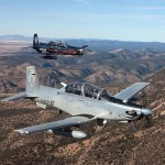 Hawker tenta manter disputa com Embraer