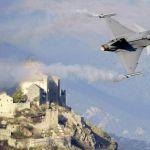 Segundo avaliação, caça Gripen não atende aos requisitos mínimos da Força Aérea da Suíça