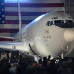 Aeronave E-8C JSTARS expande missões pelo globo