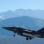 AERO INDIA 2013: Aeronave de combate leve Tejas deve entrar em operação Índia somente em 2015