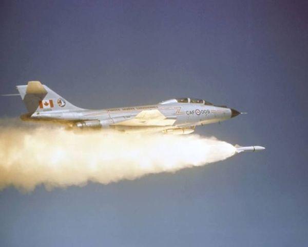 F-101_Genie AIR-2_canadá