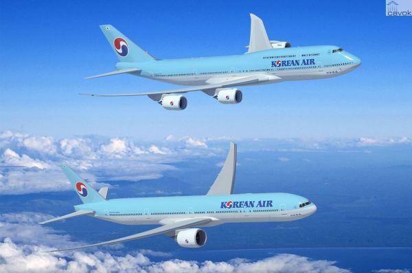 Concepção artística do 747-8I e do 777-300ER nas cores da Korean Air. (Foto: Boeing)