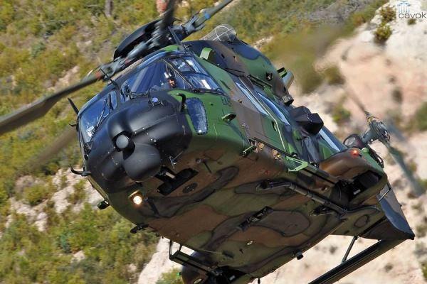 Os helicópteros NH90 serão da versão de transporte de tropas TTH. (Foto: Eurocopter)