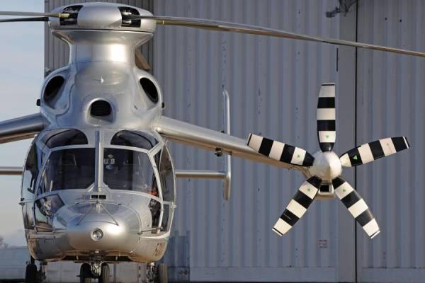 exph 0715 01 600x400 - IMAGENS: Helicóptero híbrido X3 da Eurocopter atinge 472 km por hora