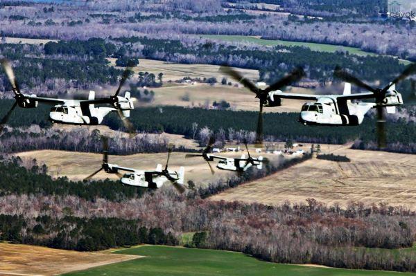 Aeronaves MV-22 Osprey voando em formação sobre o Alabama. (Foto: U.S. Marine Corps)