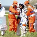 Nave espacial Shenzhou-10 retorna à Terra