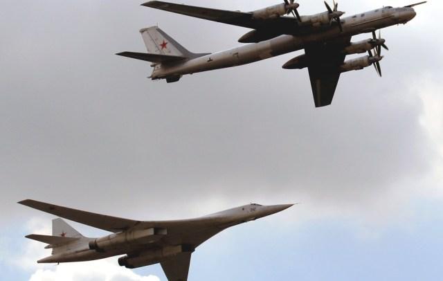 tu 160 and tu 95 - RÚSSIA: Atualização de bombardeiros estratégicos é prioridade