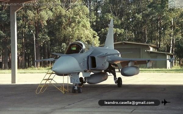JAS 39A Gripen SAF 174 BACO 06ABR2000_Leandro Casella digitalizar0008copia