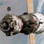 Nave espacial Soyuz não consegue acoplar na Estação Espacial Internacional