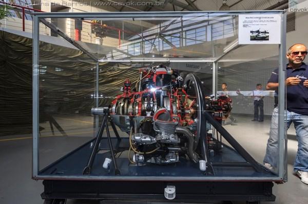 Um motor P&W R-1830 em corte. (Foto: Mauro Lins de Barros / Cavok)
