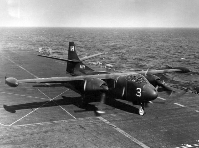 AJ-1 no convoo do USS Wasp em 1954.