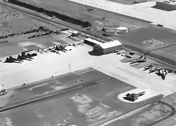 A-12 armazenados, final dos anos 60, nas instalações da Lockheed, em Palmdale, na Califórnia - Lockheed Martin