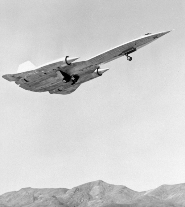 The first A-12, Article 121 (60-6924), piloted by Louis Schalk takes off from Groom Lake in 1962 (1)