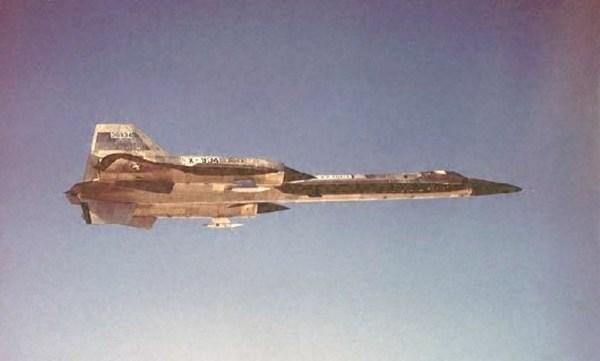 Voo de teste do primeiro protótipo do Lockheed AF-12 (YF-12A), Artigo 1001 (60-6934) – Lockheed Martin (3)