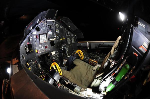 F-117_03