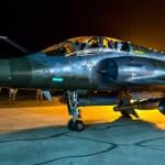 Caças Mirage 2000D franceses bombardearam complexo petrolífero do EI na Síria