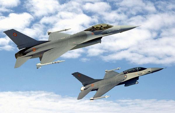 F-16 romenia