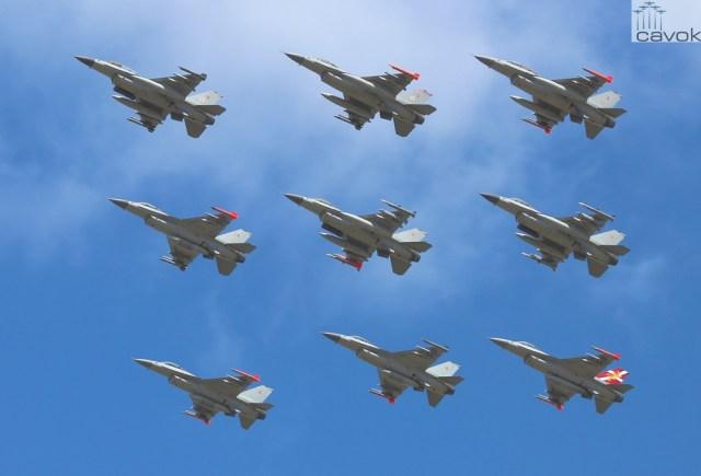 F-16_Royal_Danish_Air_Force_Diamond_Formation_at_Danish_Air_Show_2014-06-22