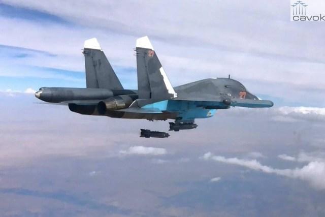 Su-34 da VKS durante uma missão de bombardeio contra posições do EI na Síria (2)