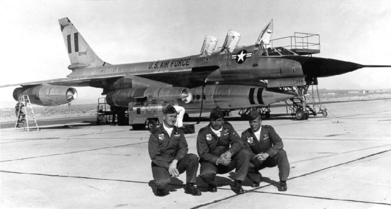 B 58 8 - Bombardeiros do pós-guerra: Convair B-58 Hustler
