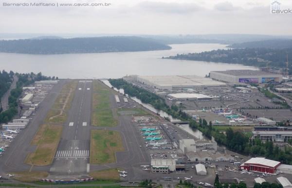 Vista aérea atual da unidade da Boeing em Renton, Estado de Washington. (Foto: Bernardo Malfitano / Cavok)