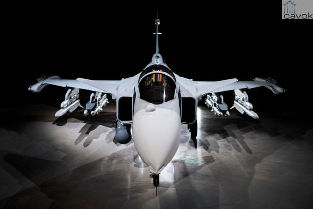 Primeiro protótipo do Saab JAS 39E Gripen 39 8 4 2 - FAB confirma intenção de adquirir mais caças Gripen no futuro