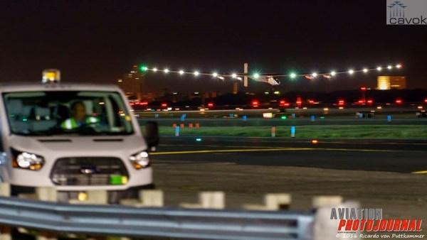 A chegada da aeronave Solar Impulse no Aeroporto John F. Kennedy, em Nova York. (Fotos: Ricardo von Puttkammer / Aviation PhotoJournal)