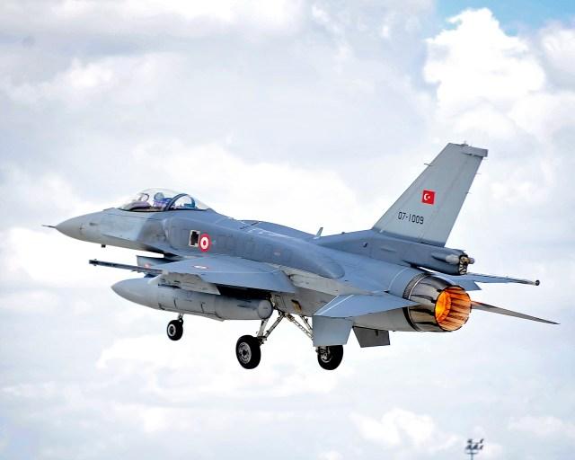 Turkish Air Force F 16C Block 50 MOD 45157793 - F-16 turco abate drone