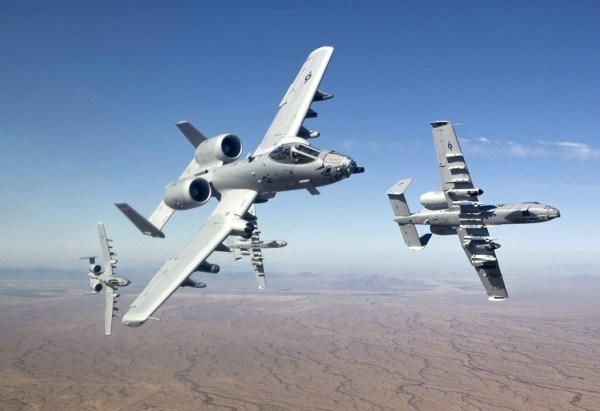A Força Aérea vai usar o A-10 pelo menos até 2022. E depois?