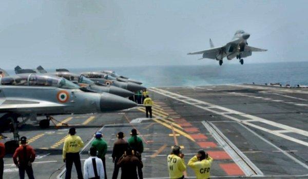 Relatório de uma empresa autônoma apresentou falhas nos caças MiG-29K em operação com a Marinha Indiana.